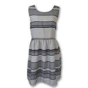 BB Dakota Fit N Flare Geometric Sleeveless Dress